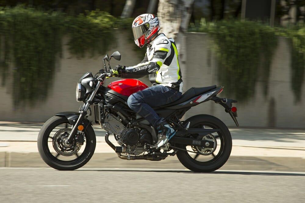 Suzuki Svengine Specs