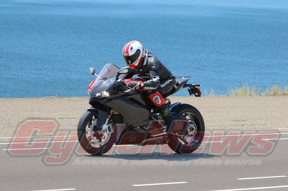 new ducati panigale 1299 spotted - cycle news