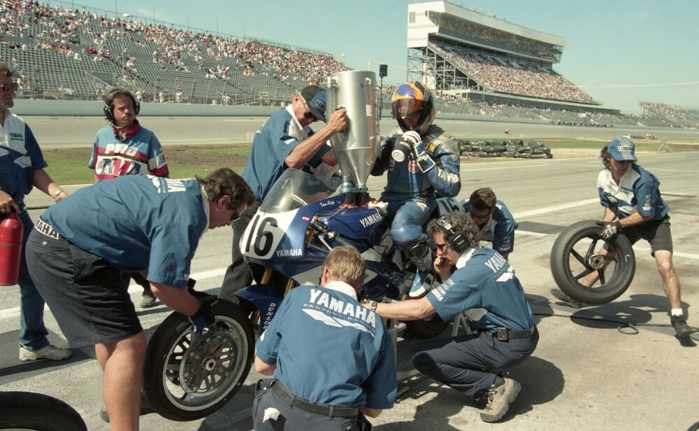 Yamaha's Tom Kipp makes a pit stop during the 1997 Daytona 200.