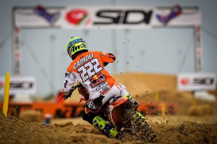 Cairoli kicks off the World Series with a victory in Qatar.