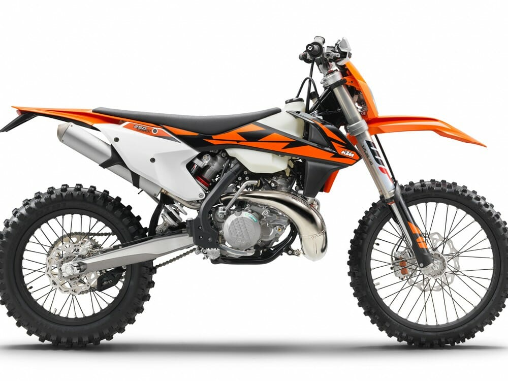 2018 KTM 250 XC-W TPI First Look - Cycle News
