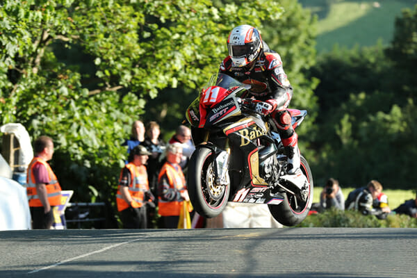 2017 isle of man tt qualifying cycle news. Black Bedroom Furniture Sets. Home Design Ideas