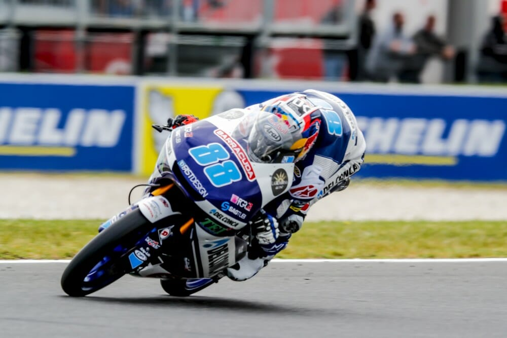 Jorge Martin (Del Conca Gresini Moto3) took pole position in the Australian GP, on top by two tenths as the field returned to the pits to wait for a final shootout and then found conditions deteriorate with some light rain. It is the Spaniard's eighth pole of the year,