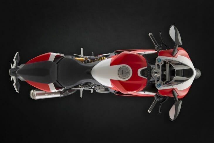 Ducati_959_Panigale_Studio_15