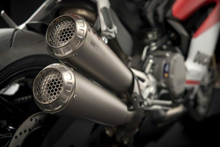 Ducati_959_Panigale_Studio_12
