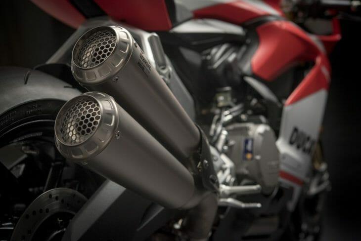 Ducati_959_Panigale_Studio_11