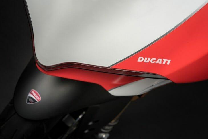 Ducati_959_Panigale_Studio_9