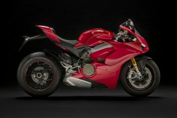 Ducati_V4_studio_Panigale