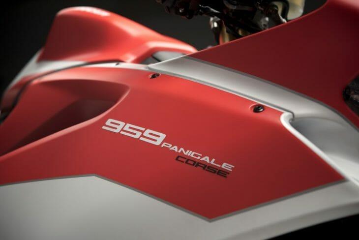 Ducati_959_Panigale_Studio_5