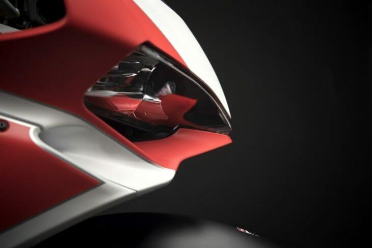 Ducati_959_Panigale_Studio_4
