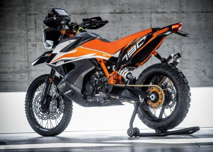 KTM_790_Adventure_R_Prototype_Garage_Beauty_2