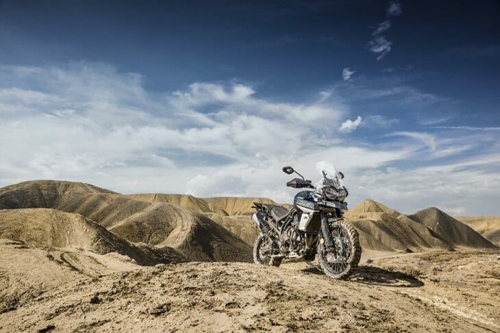 Triumph_Tiger_800_XCA_mud