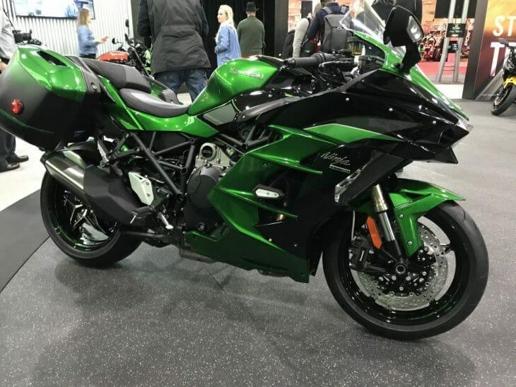 Kawasaki_H2_SX_SE