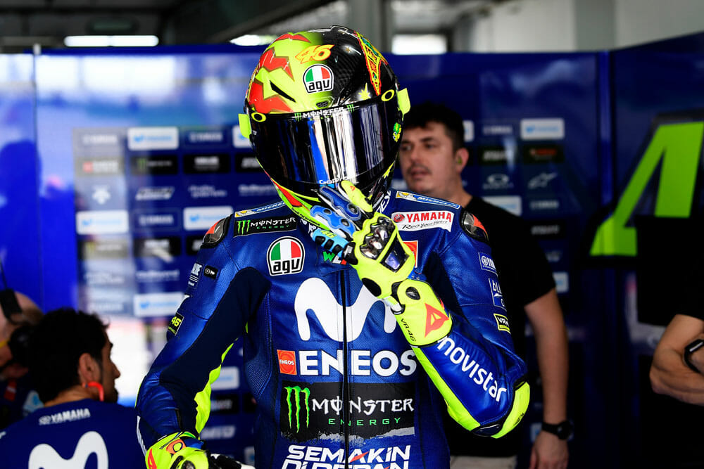 valentino rossi agv pista gp r 20 years limited edition helmets cycle news. Black Bedroom Furniture Sets. Home Design Ideas
