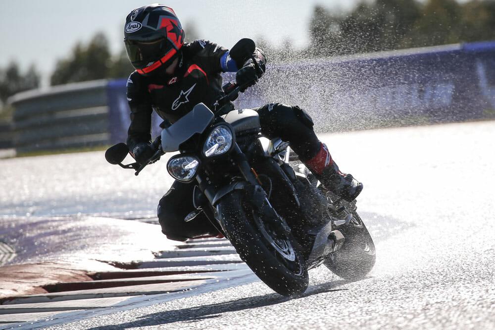 Michelin Road 5 Tire Test