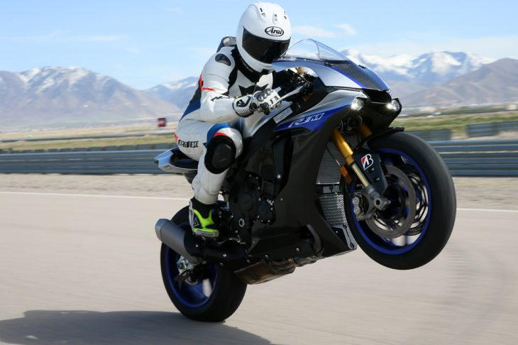 2018 Yamaha YZF-R1 and YZF-R1M
