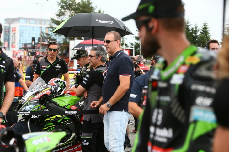 Jonathan Rea and Tom Sykes fight in the press