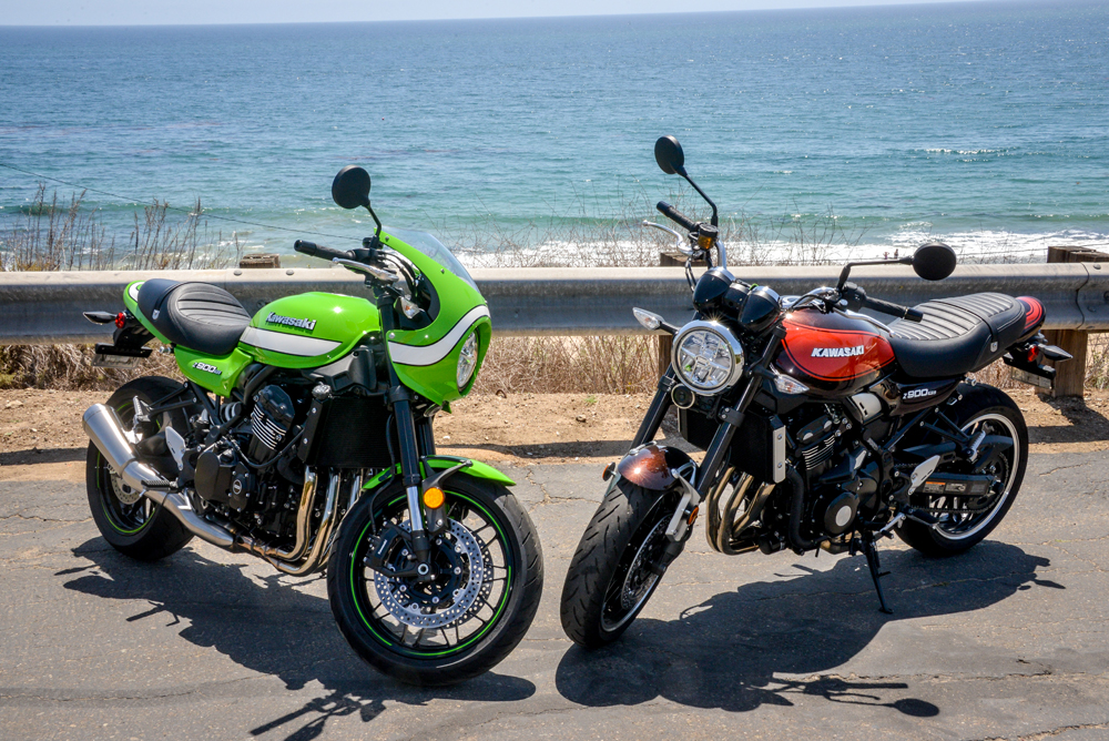 Two peas in a pod. We love the base 900RS (right) but our pick goes to the Café on the left.