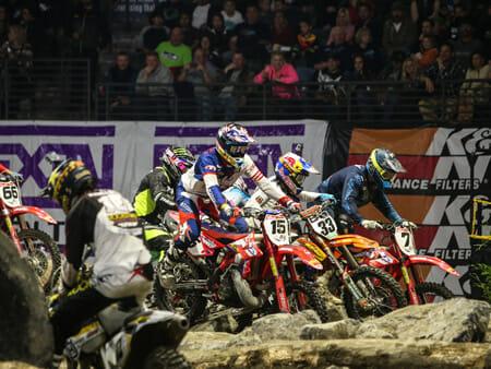 2015-Everett-Pack-into-the-rocks-sm