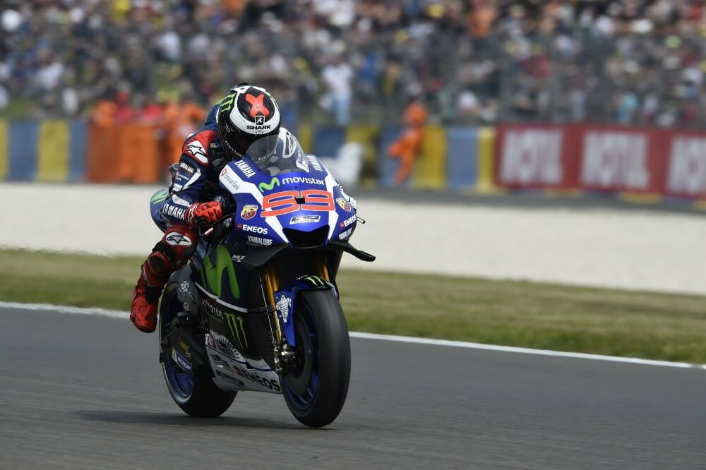 Jorge Lorenzo wins 2016 Le Mans Moto GP pole