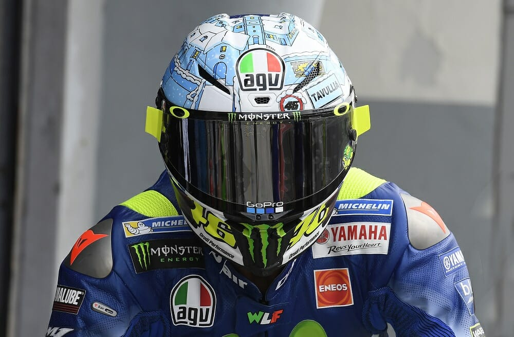 valentino opens 2017 winter test with a winter themed agv pista gp r helmet cycle news. Black Bedroom Furniture Sets. Home Design Ideas