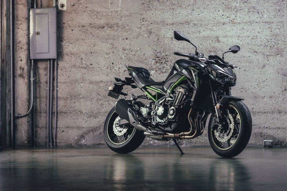 2017 Kawasaki Z900 ABS First Ride - Cycle News