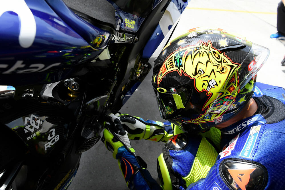 bfb442a9 Valentino Rossi AGV Pista GP R 20 Years Limited-Edition Helmets ...