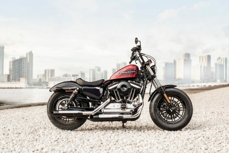 Harley_Davidson_Sportsters_First_Look_Iron_1200_Forty_Eight_Special