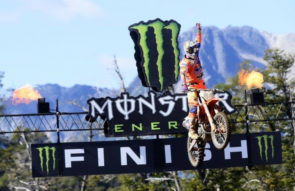 Pirelli Race Report | Patagonia MX