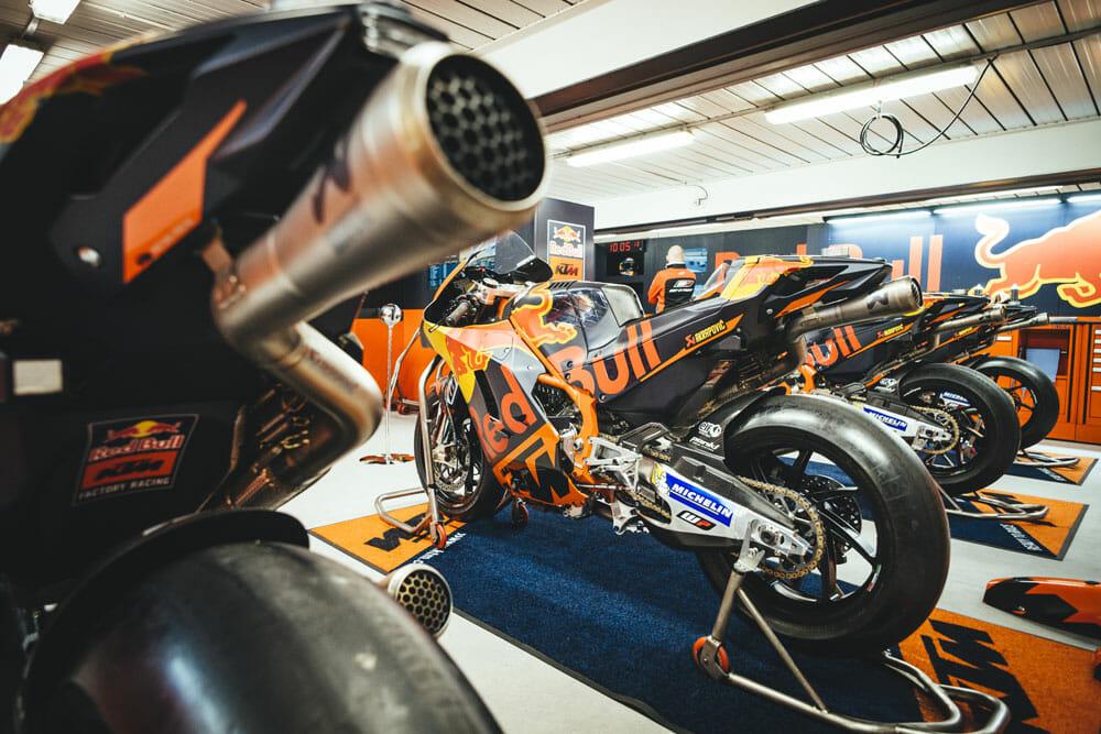KTM Confirms Espargaro & Smith For MotoGP 2017 Season