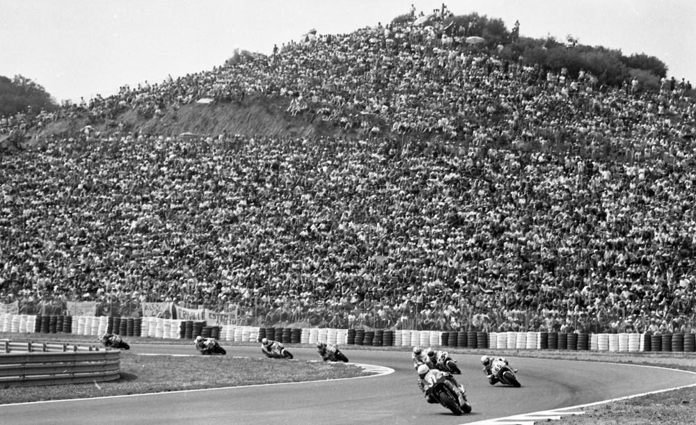Massive crowd at the spanish Grand Prix at Jerez in 1993.