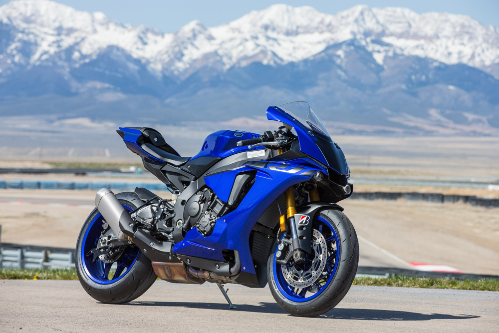 2018 Yamaha Yzf R1 And R1m