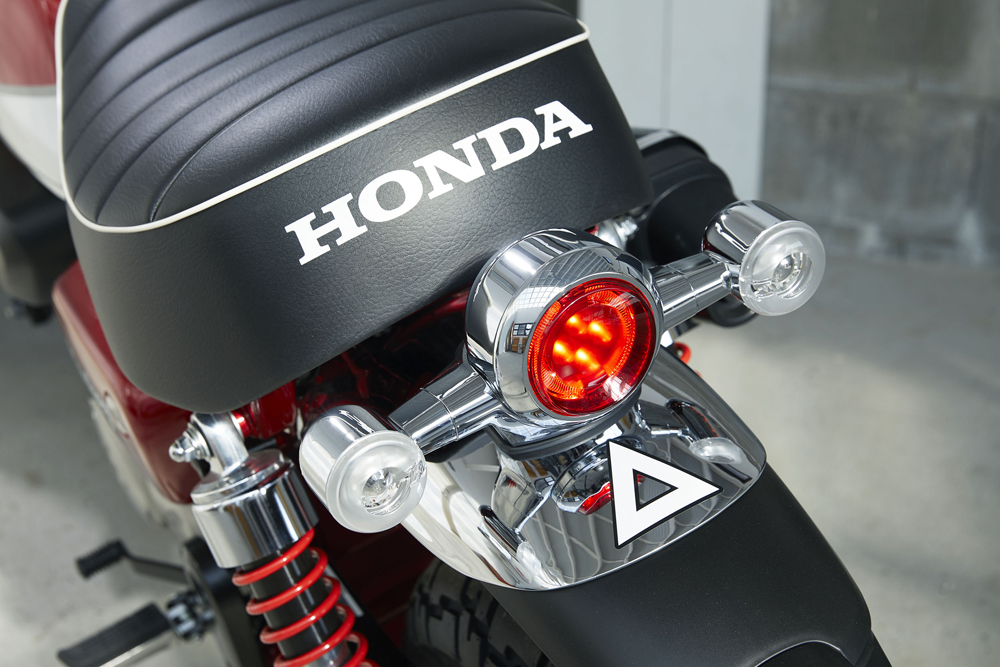 Modern touches on the 2019 Honda Monkey include LED lights and ABS.