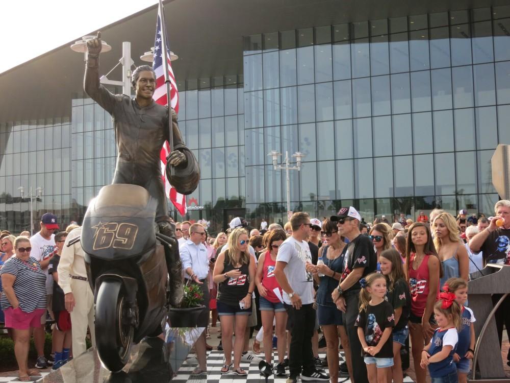 Nicky Hayden Statue unveiled