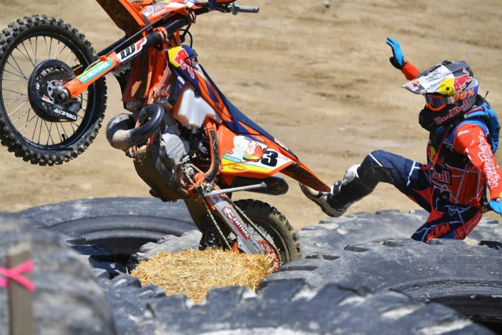 Taylor Robert crashes