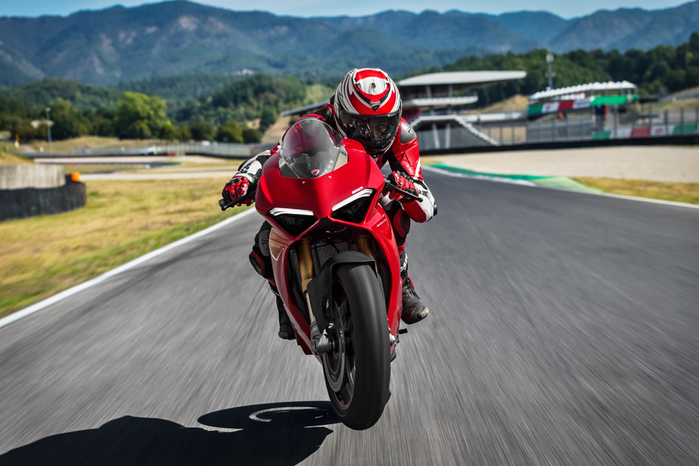 Twelve Ducati riders of all times will duel each other on the track of the Misano World Circuit riding the Panigale V4 S.