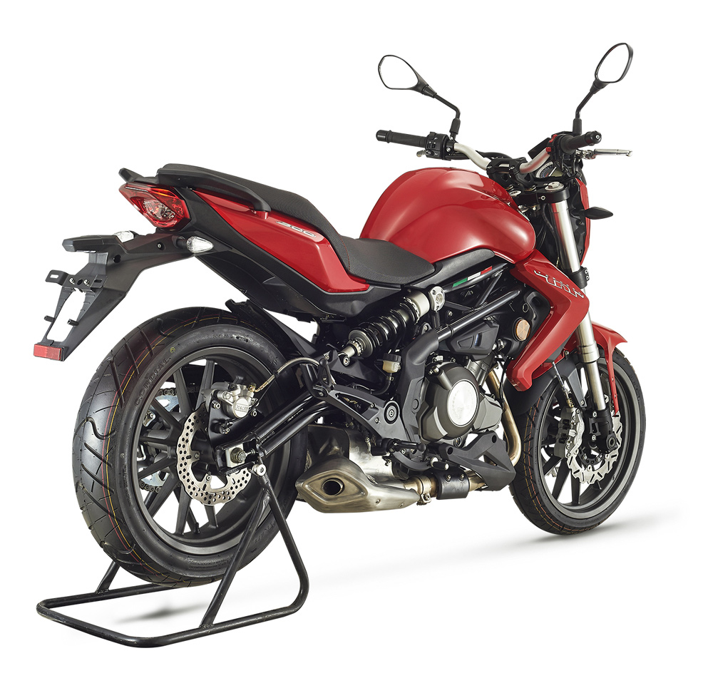 2018 Benelli TNT 300 / TNT 600 | FIRST TEST - Cycle News