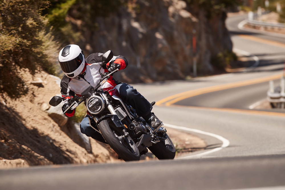 Super light on its feet, the CB300R will be a great bike to learn on. It also makes for a surprisingly fun canyon carver.