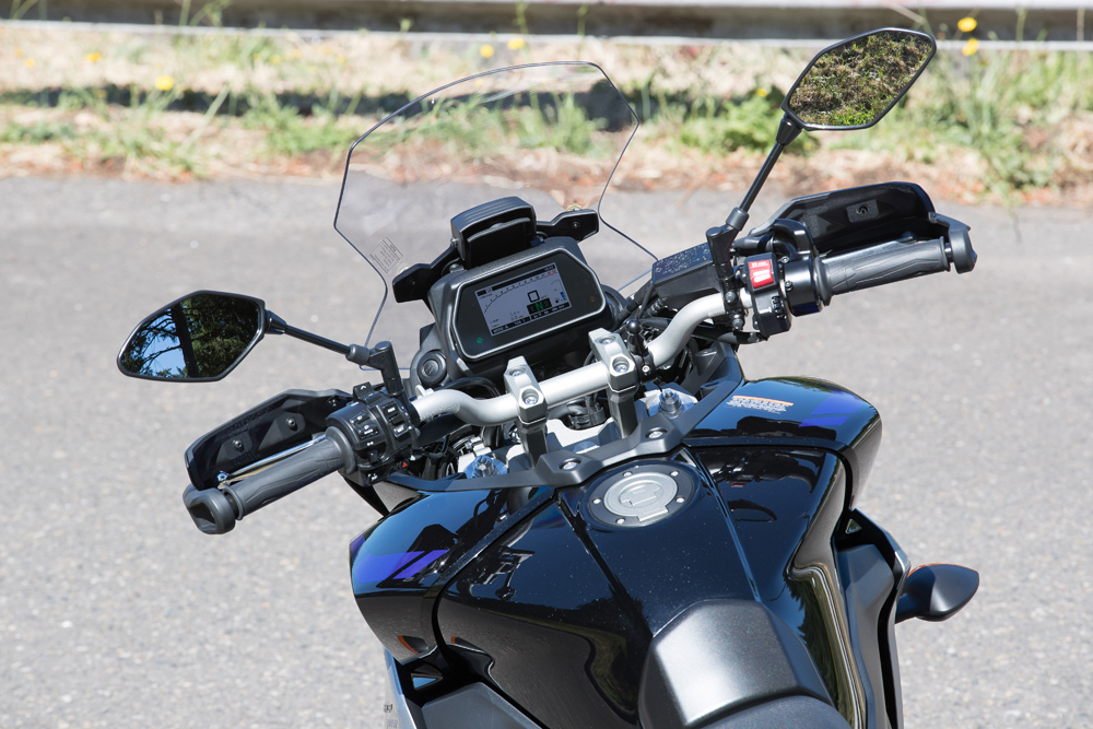 Rider cockpit is similar to the 2018 FJ-09, however, the new TFT dash is a much nicer and easier to read piece.