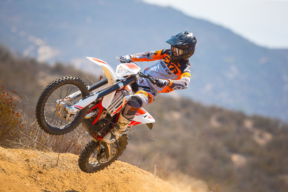 The Beta 125 RR isn't just a play bike; it's serous about racing, too.
