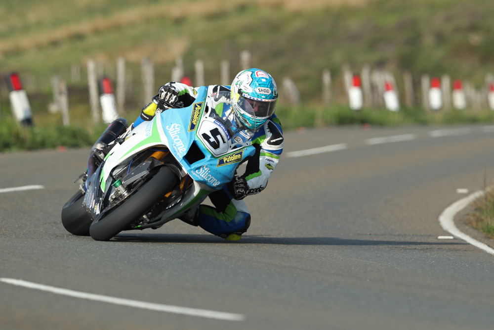 Dean Harrison has been using Dymags at the Isle of Man TT for years.