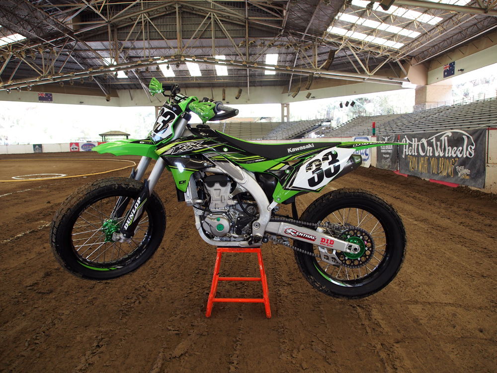 Mike Chavez build a fantastic club level racer with this 2018 Kawasaki KX450F.