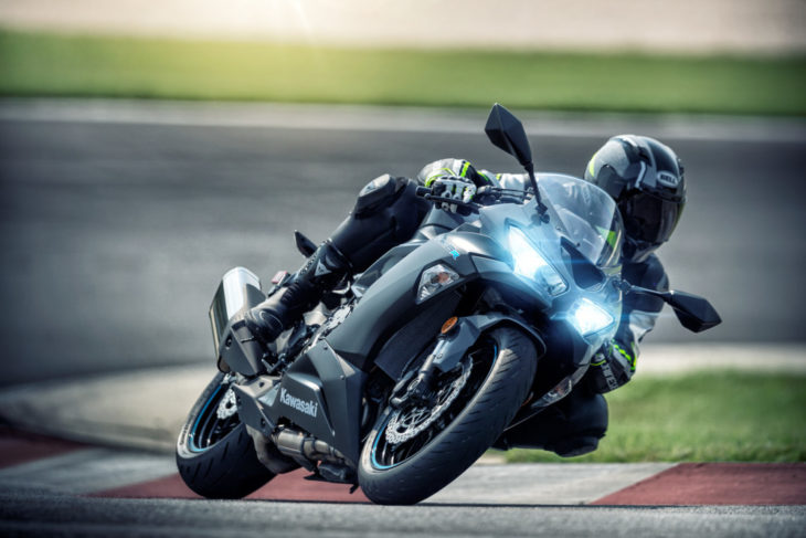 2019 Kawasaki Ninja ZX-6R First Look 10