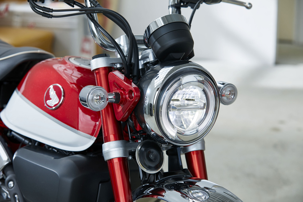 LED lighting front and rear gives a modern touch to the retro design.