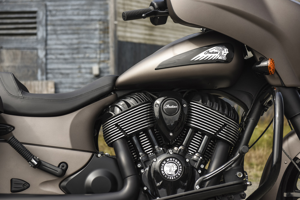 Black motor with chrome cooling fins looks brilliant in the metal.