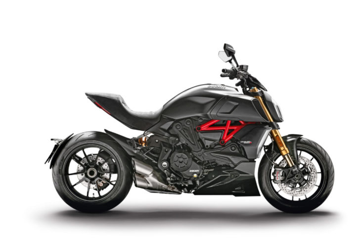 2019-Ducati-Diavel-1260-and-1260-S-First-Look-S