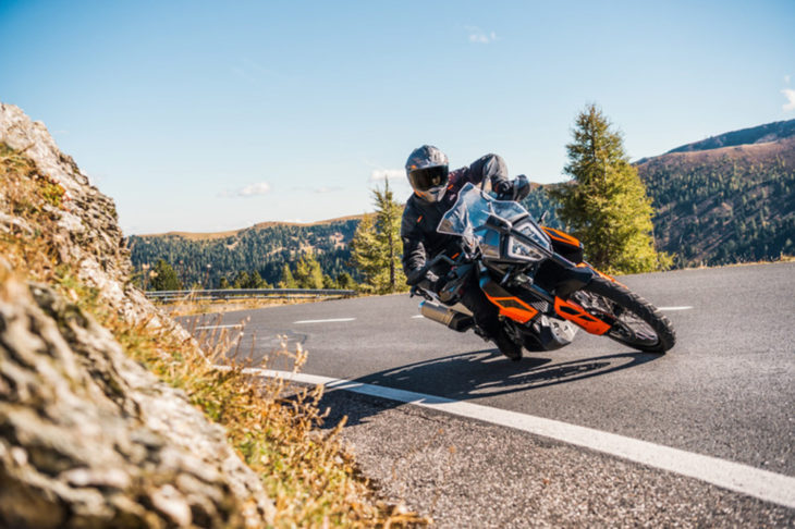 2019 KTM 790 Adventure and 790 Adventure R First Look 5