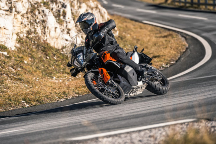 2019 KTM 790 Adventure and 790 Adventure R First Look 4
