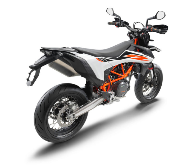 2019 KTM 690 SMC R First Look 4