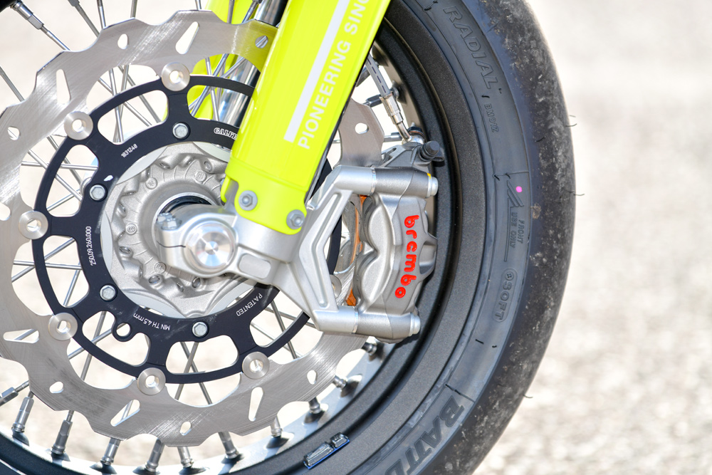 Brembo's M50 caliper is one half of the same set-up you'll find in something like a Kawasaki ZX-10RR.